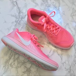 Nike Flex 2017 Run Pink Sneakers Size 7